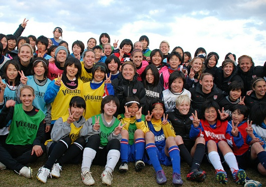 TOMODACHI(トモダチ)の日本の震災被災地支援 _b0007805_12365370.jpg