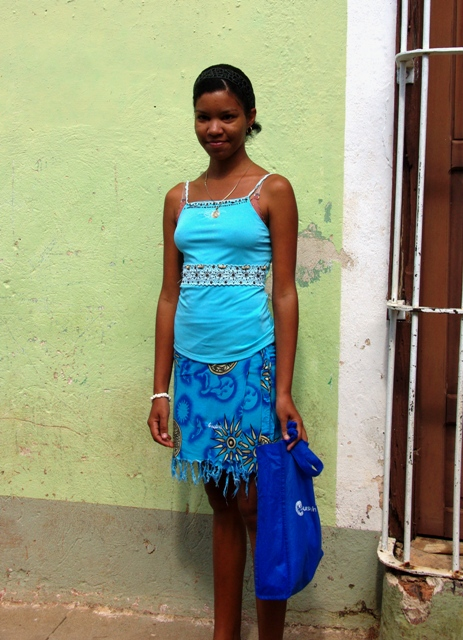 """キューバ (33) トリニダー旧市街の""""みやげ市場"""" その人々_c0011649_2328538.jpg"""