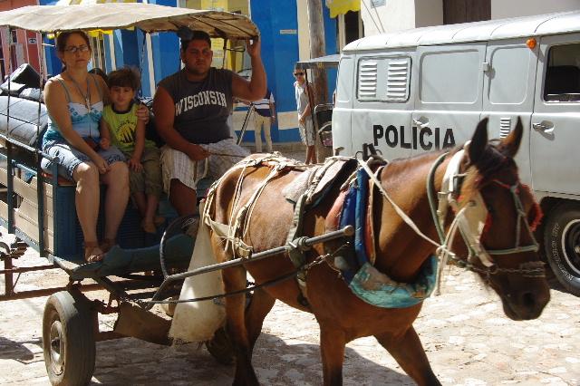 """キューバ (32) トリニダー旧市街の""""みやげ市場"""" その1_c0011649_7184034.jpg"""