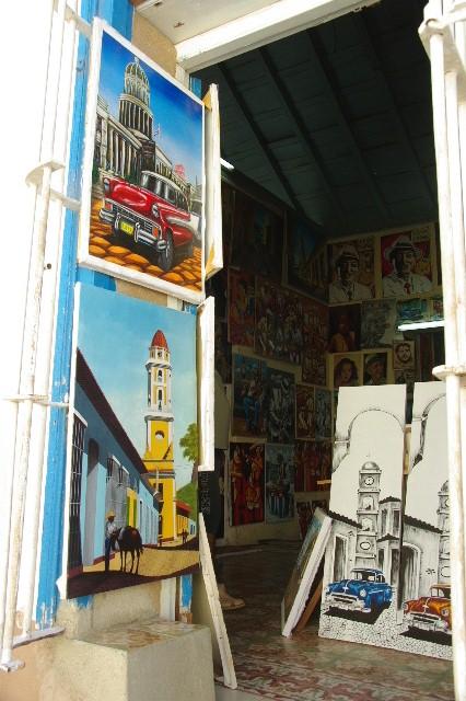 """キューバ (32) トリニダー旧市街の""""みやげ市場"""" その1_c0011649_7371840.jpg"""