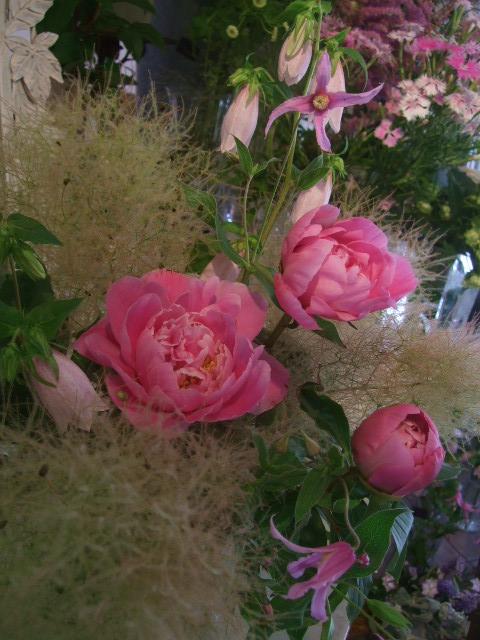 オークリーフ花の教室(山田さんの作品)_f0049672_15372049.jpg