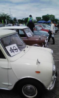 古車のイベント会場へ_f0168392_22592374.jpg