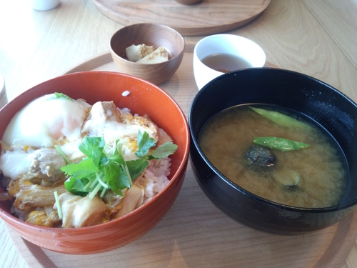 渋谷ヒカリエ初体験、d47食堂にてビジネスランチ_e0123104_774627.jpg