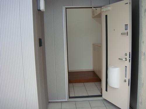 20120615 店舗がアパートに!!!_d0183056_16213794.jpg