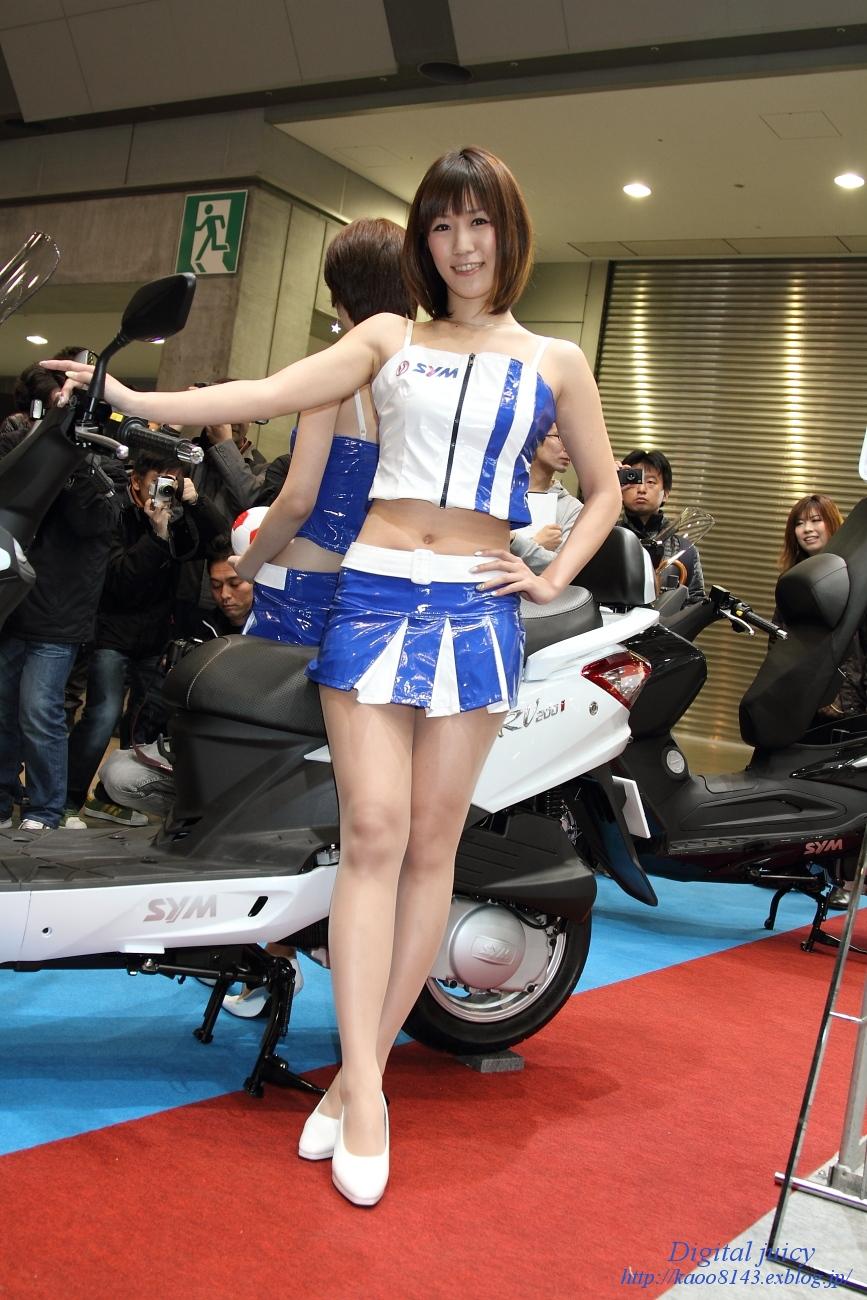 安西はるか さん(株式会社エムズ商会(SYM) ブース)_c0216181_1819262.jpg
