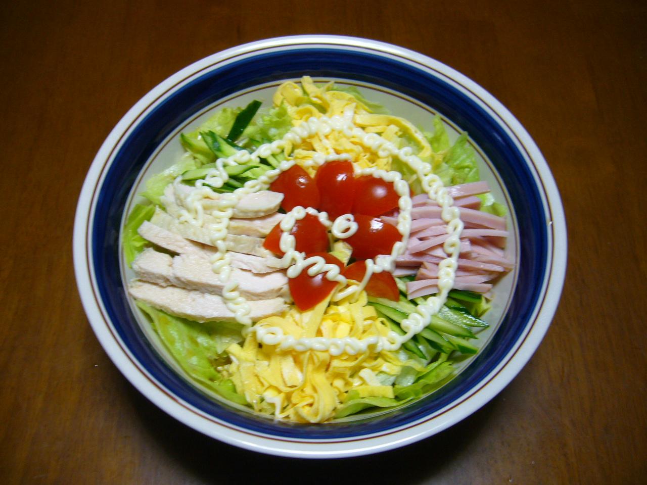 サラダ冷麺_a0264589_1838169.jpg