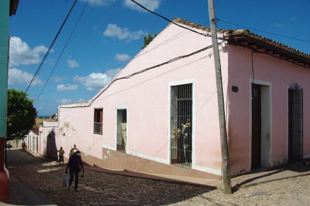 キューバ (34) 世界遺産トリニダー旧市街を歩く_c0011649_8582385.jpg