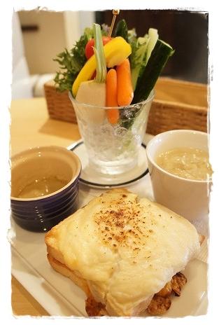 ランジスカフェでクロックムッシュを食べました@阿見_a0091865_16424524.jpg