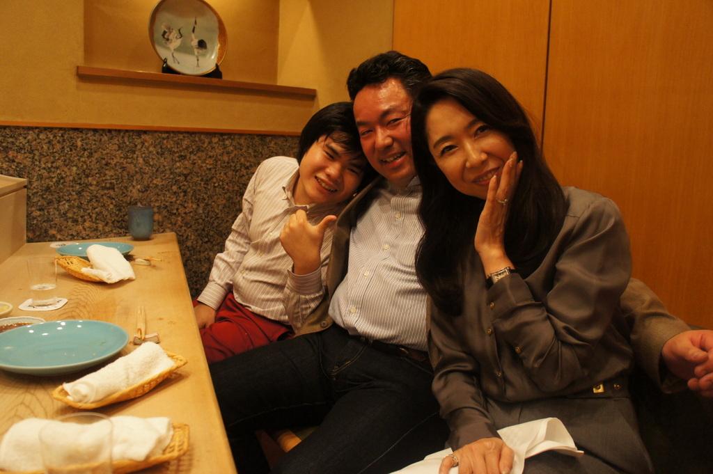 JapanDiary@BerlinVol.11 ノブ君と日本で初めてのお寿司!_c0180686_19391742.jpg