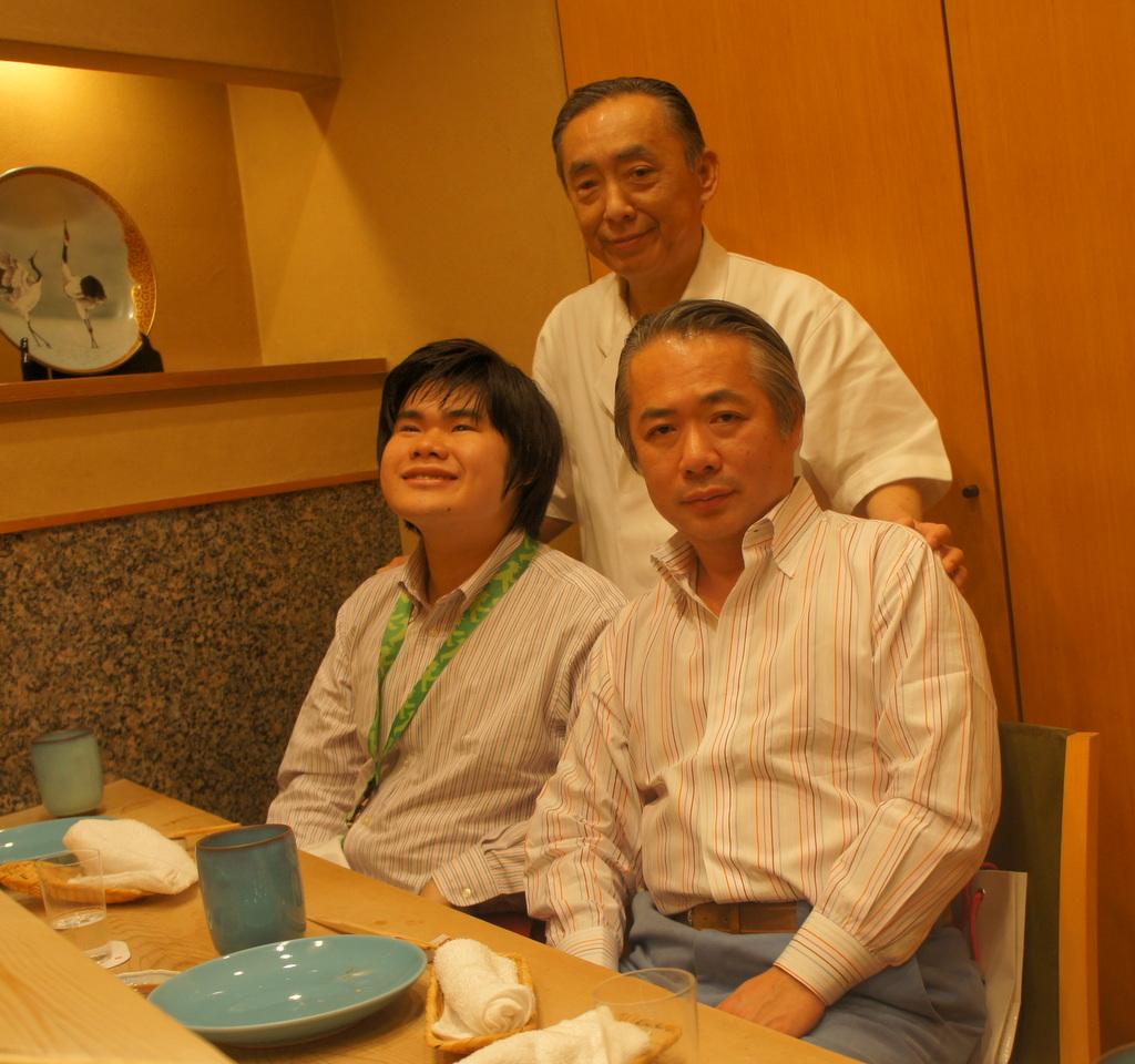 JapanDiary@BerlinVol.11 ノブ君と日本で初めてのお寿司!_c0180686_193953.jpg