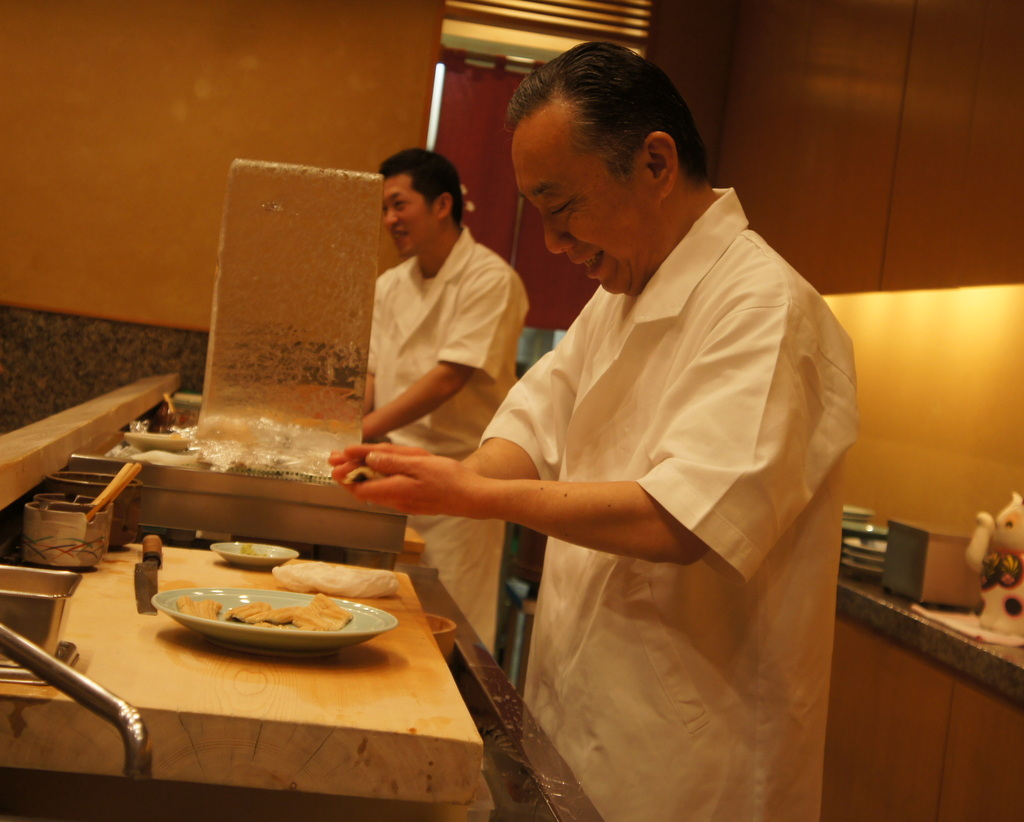 JapanDiary@BerlinVol.11 ノブ君と日本で初めてのお寿司!_c0180686_19424756.jpg