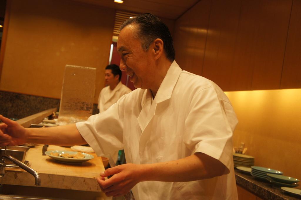 JapanDiary@BerlinVol.11 ノブ君と日本で初めてのお寿司!_c0180686_1949845.jpg
