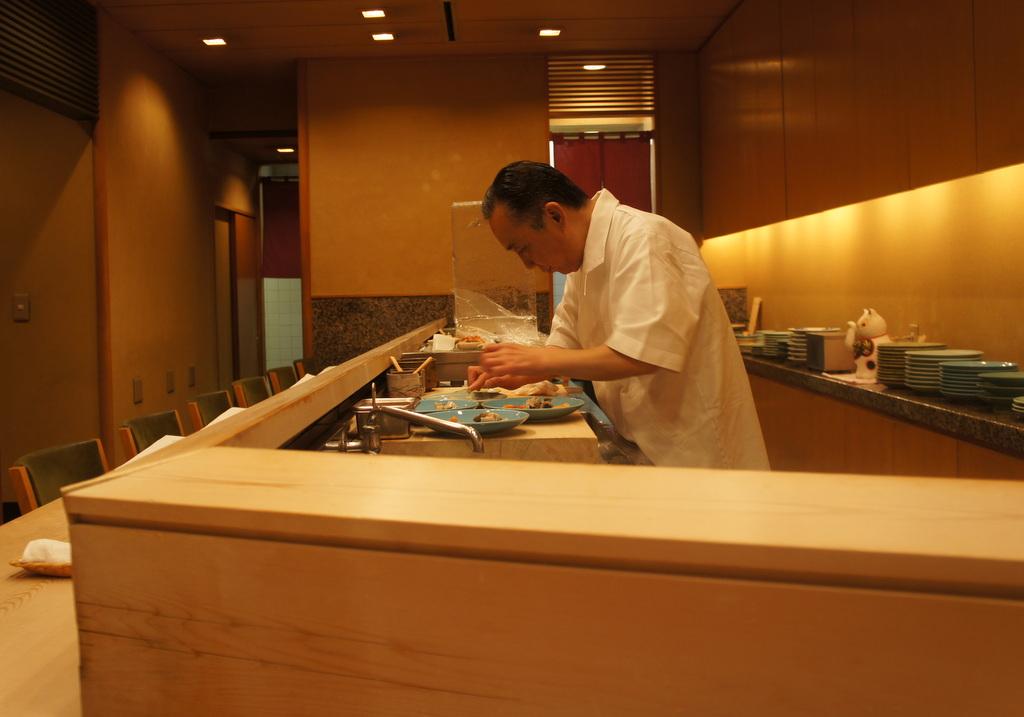 JapanDiary@BerlinVol.11 ノブ君と日本で初めてのお寿司!_c0180686_2034445.jpg