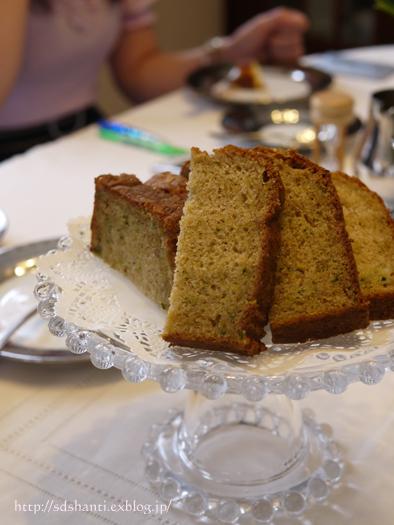 ズッキーニのケーキ_a0169924_11245810.jpg