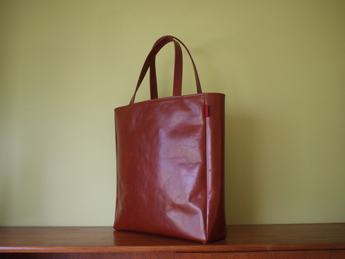 leather tote _e0243765_053418.jpg
