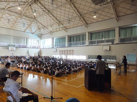 小学校講演会とりあえず任務完了_e0272869_1954043.jpg