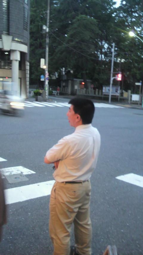 千駄ヶ谷名物男が帰って来たよ〜_a0075684_211975.jpg
