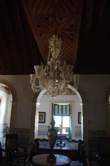 キューバ (36) トリニダー旧市街のロマンティコ博物館 _c0011649_615779.jpg