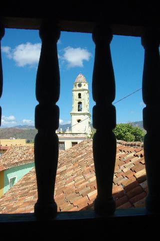 キューバ (36) トリニダー旧市街のロマンティコ博物館 _c0011649_6215178.jpg
