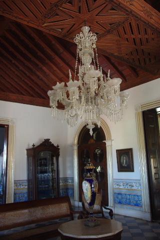 キューバ (36) トリニダー旧市街のロマンティコ博物館 _c0011649_65378.jpg