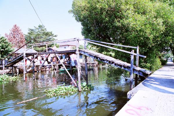 バンコク運河散歩(9)_b0131470_21254042.jpg
