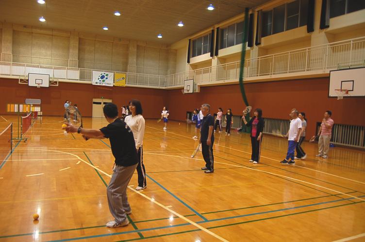 スポンジテニス体験会_d0010630_1612148.jpg