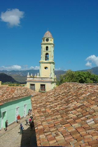 キューバ (38) トリニダー旧市街のロマンティコ博物館からの眺め_c0011649_012883.jpg