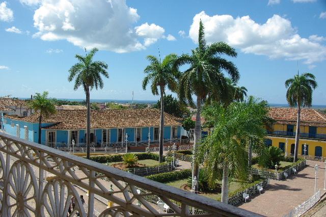 キューバ (38) トリニダー旧市街のロマンティコ博物館からの眺め_c0011649_0163525.jpg