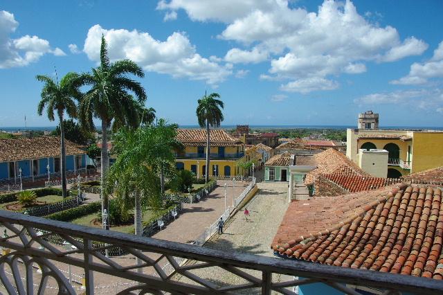 キューバ (38) トリニダー旧市街のロマンティコ博物館からの眺め_c0011649_016658.jpg