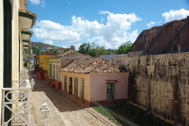 キューバ (38) トリニダー旧市街のロマンティコ博物館からの眺め_c0011649_0204989.jpg