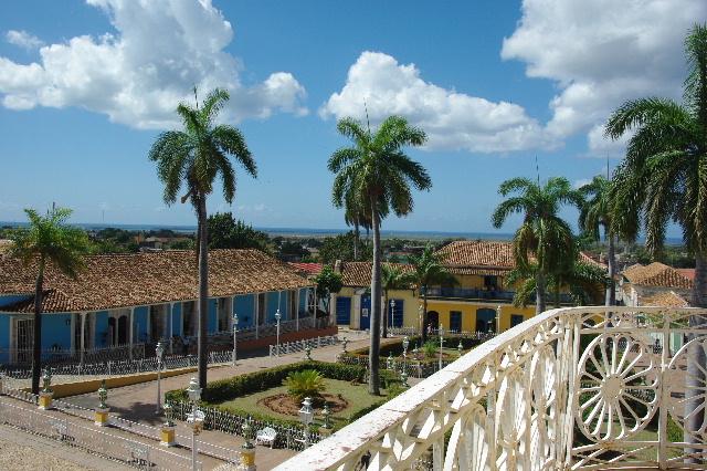 キューバ (38) トリニダー旧市街のロマンティコ博物館からの眺め_c0011649_0293323.jpg