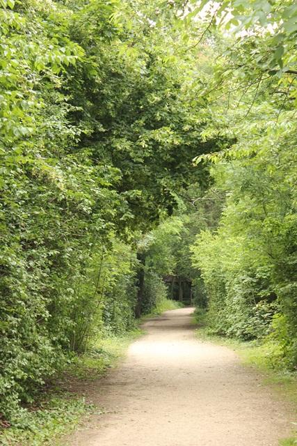 ボンジュール♪  14日目はパッシーエリア・ブローニュの森へ_a0213806_0575875.jpg