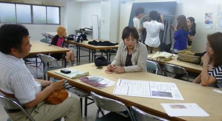 卒業生デザイナーが来校!!_b0163640_22594760.jpg