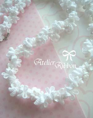 白くて小さくて可愛くて、まるでシェルみたいな♪。_f0017548_16362764.jpg