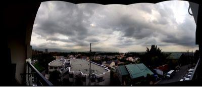眺めも曇り!_a0137049_23125612.jpg