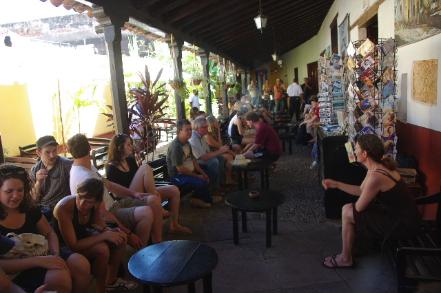キューバ (39) トリニダー旧市街のラ・カンチャンチャラ_c0011649_6234173.jpg