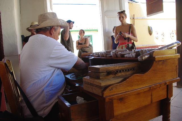 キューバ (39) トリニダー旧市街のラ・カンチャンチャラ_c0011649_626574.jpg