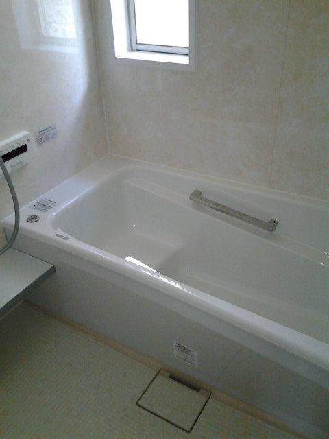 浴室の改修終了(東京都町田市)_e0207151_1644595.jpg