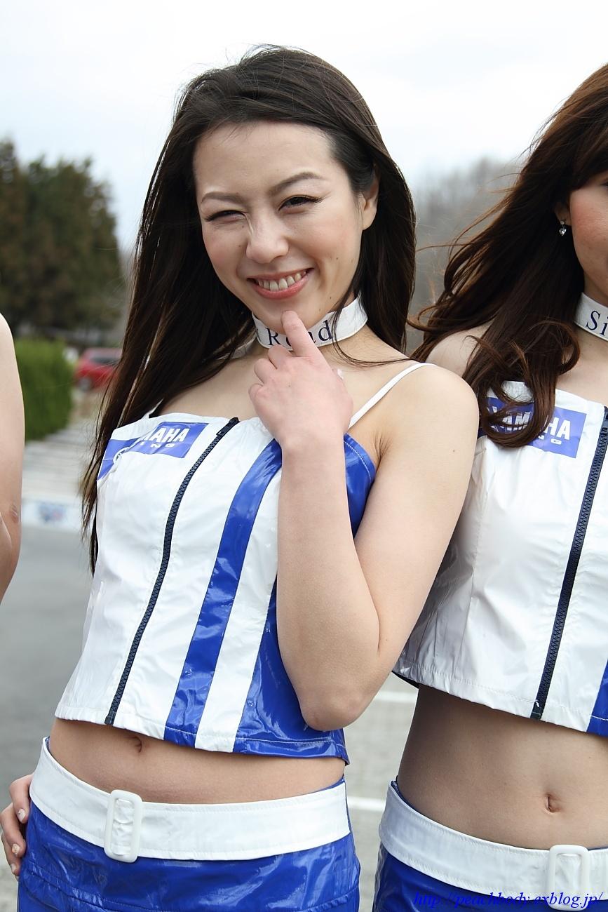 小林未来 さん(タイYAMAHAチーム レースクイーン) その3_c0215885_0222955.jpg