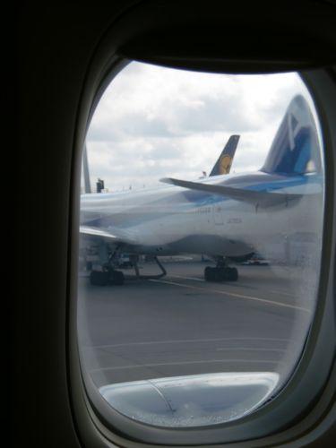 旅日記 バンコク JUL2011 006 帰国へ TG642 成田行き_f0059796_22422416.jpg