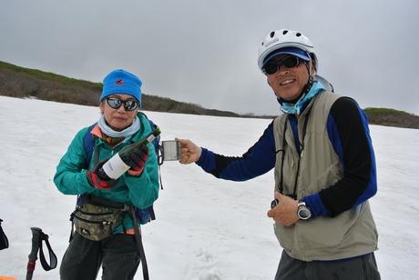 2012年6月15日 新緑と残雪と山菜と酒の鳥海山へ_c0242406_1913072.jpg