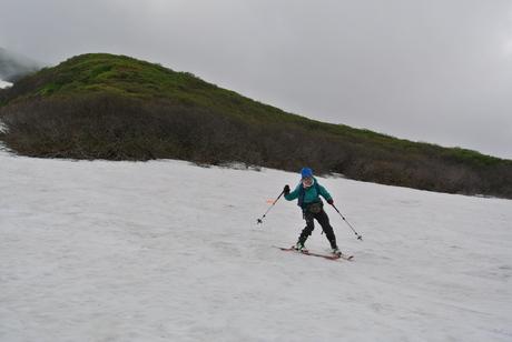 2012年6月15日 新緑と残雪と山菜と酒の鳥海山へ_c0242406_1975186.jpg