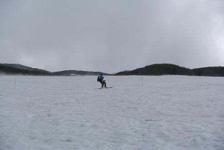 2012年6月15日 新緑と残雪と山菜と酒の鳥海山へ_c0242406_1982827.jpg