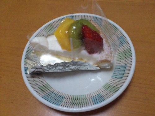 函館国際ホテルのケーキ_b0106766_22231475.jpg