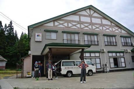 2012年6月15日 新緑と残雪と山菜と酒の鳥海山へ_c0242406_875951.jpg