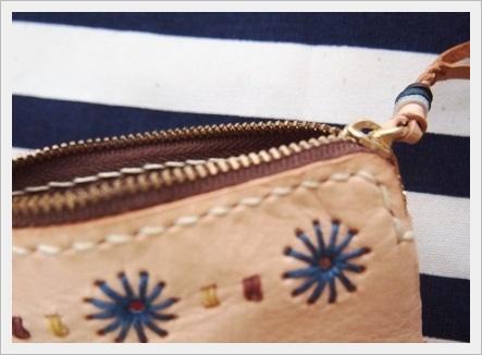 不揃いな縫い目と職人技_c0232619_13145988.jpg