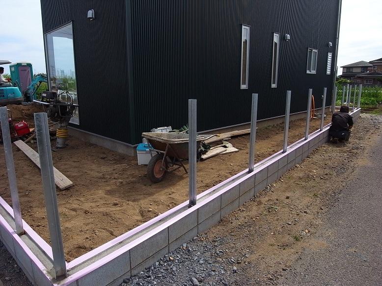 Kさんオートガレージ 外構工事 2012/6/22_a0039934_17502653.jpg