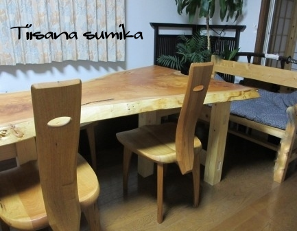 DIYで作ったテーブルの脚♪_a0243064_1013171.jpg