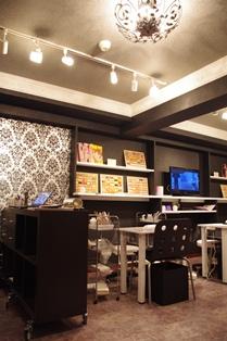 Nail Salon 2_c0130172_1513486.jpg