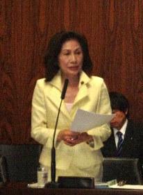 少子化担当大臣に質問― 6 ・14 内閣委_f0150886_17182194.jpg